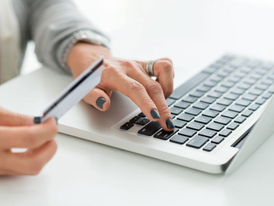 Dati su ecommerce 2015